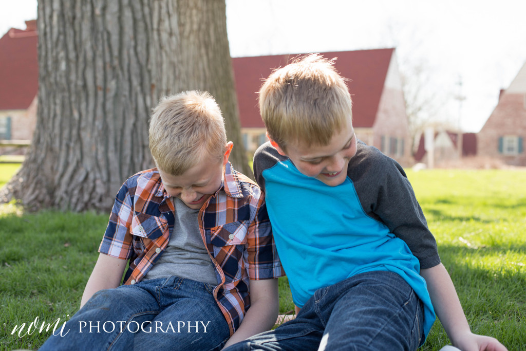 N&H | Sibling Mini Session-2
