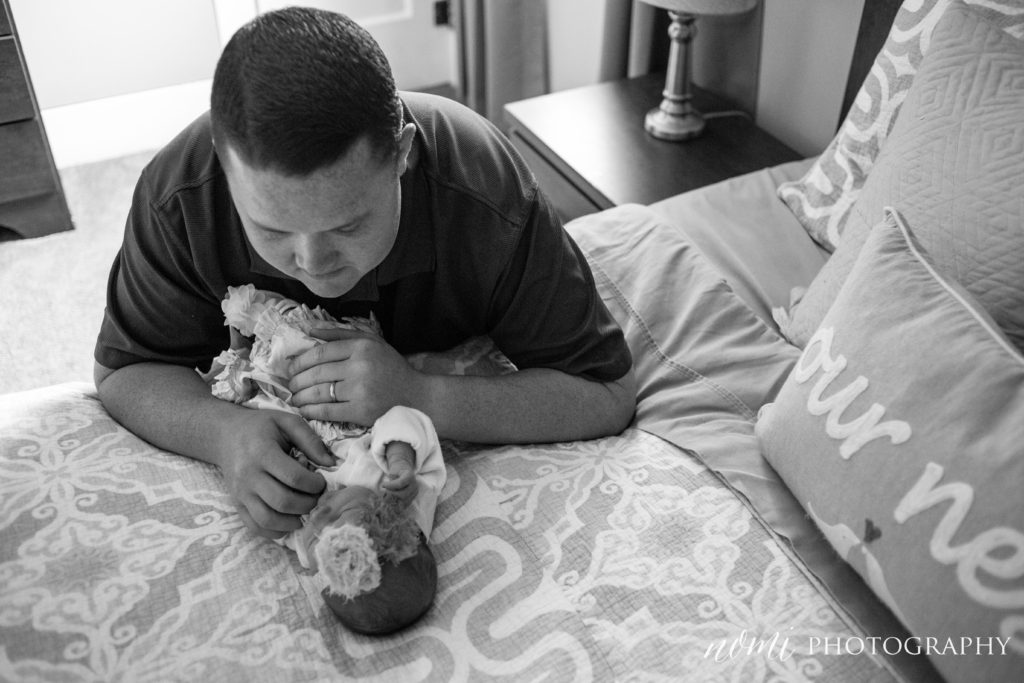 R Newborn Session www.nomi-photography.com-6